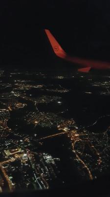 Tunnelmia edelliseltä lennoltani, kun kone alkoi laskeutumaan Frankfurtiin. Näissä tunnelmissa taas ensiviikolla!