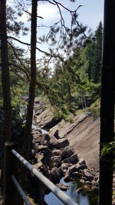 Kaunis Imatrankoski, vaikkei siinä vettä kuvaushetkellä ollutkaan.