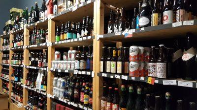 BeerGeekin olutkaupassa oli tarjolla yli 600 erilaista olutta ympäri maailman.